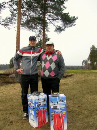Kevät Scramblen voittajat Miikku Nyqvist ja Timo Heikkinen.
