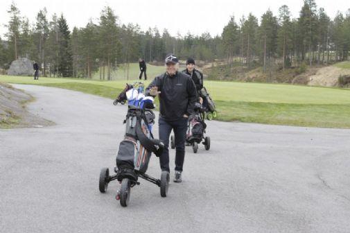 Markku Peltoniemi lähtötunnelmissa.