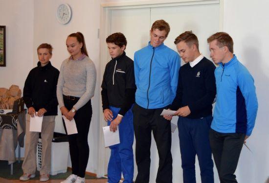 Vasemmalta Nuutti Kanto, Elsi Tahvanainen, Lauri Suomalainen, Juho Suomalainen, Otto Tolvanen ja Rasmus Pietilä.